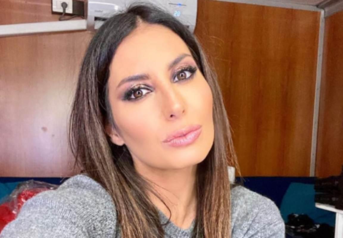 elisabetta-gregoraci,-la-ricordate-a-miss-italia?-aveva-quasi-17-anni