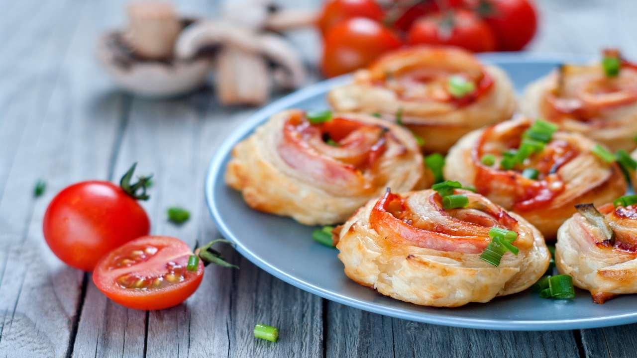 girelle-con-funghi-e-pomodori- -l'antipasto-pronto-in-15-minuti!