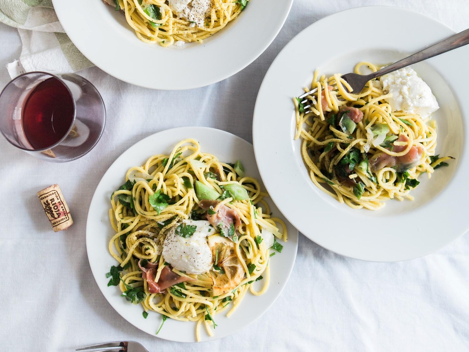 spaghetti-con-ricotta-e-barba-di-frate:-come-prepararli