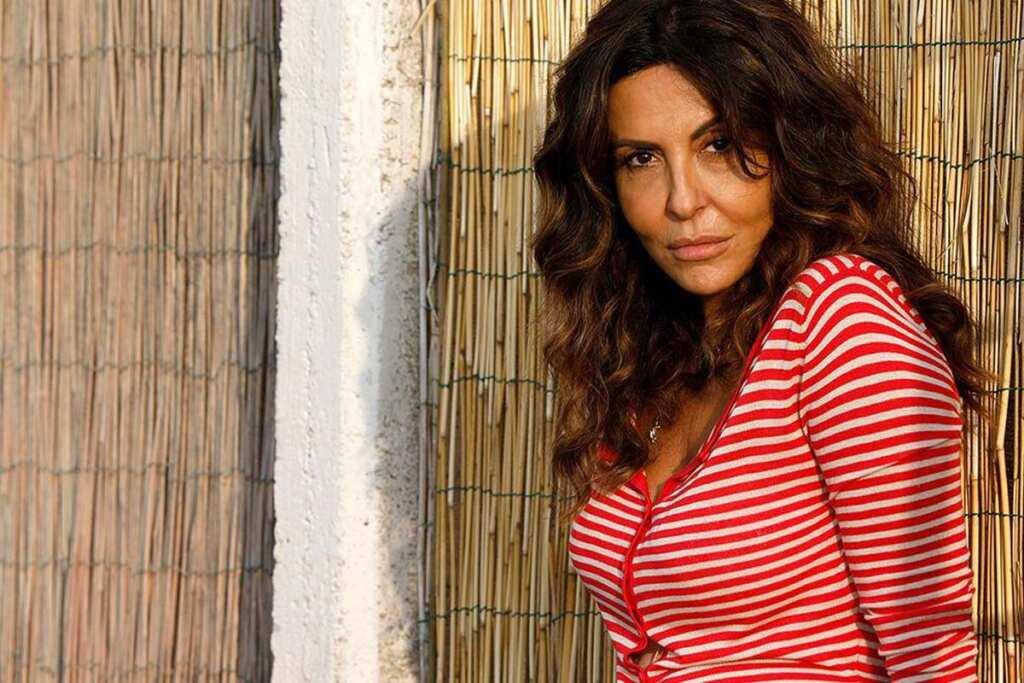 Svegliati amore mio: Sabrina Ferilli offre uno stipendio all'operaio licenziato