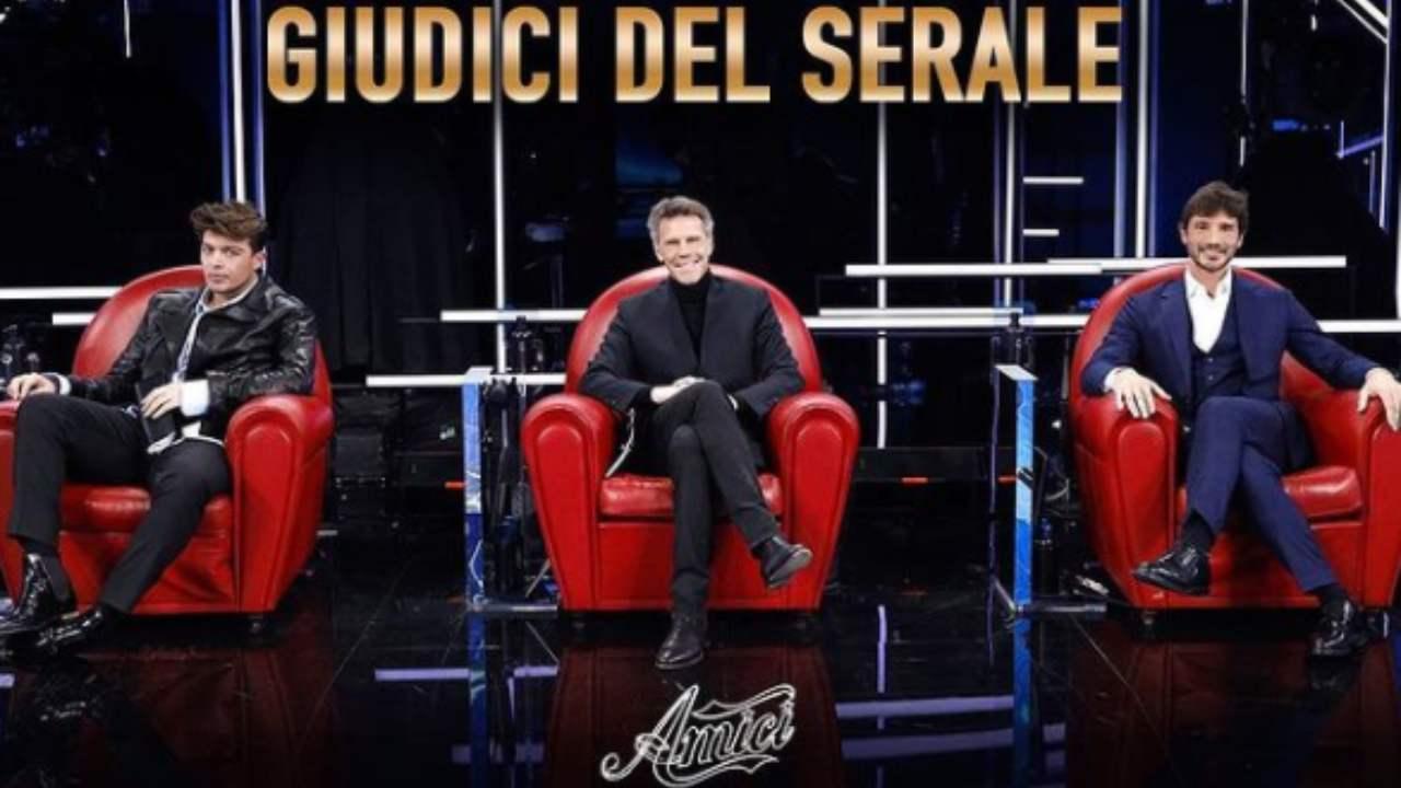"""Amici, Stefano De Martino dice la sua su Tommaso: """"Non abbiamo scelto noi"""""""