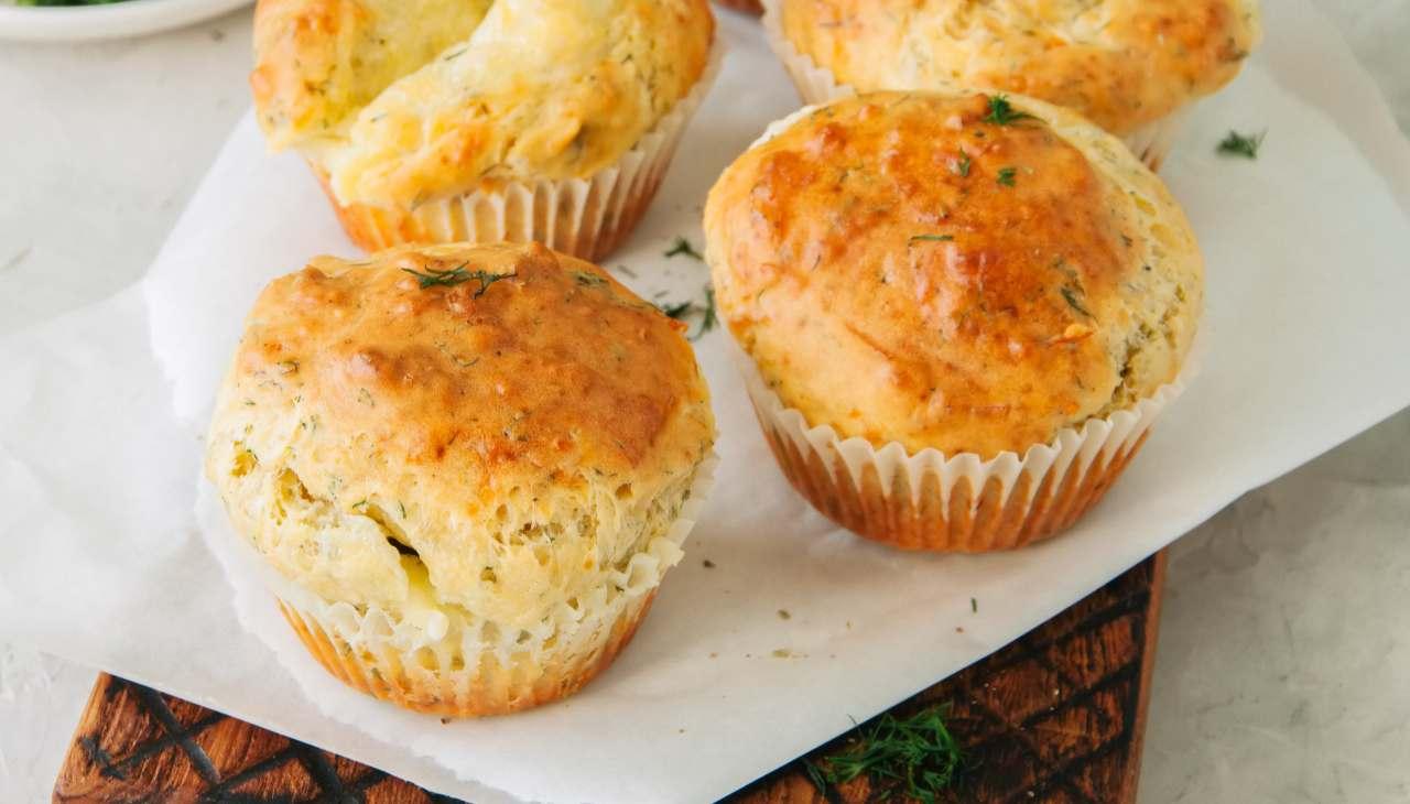 muffin-al-parmigiano- -finger-food-soffici-e-stuzzicanti