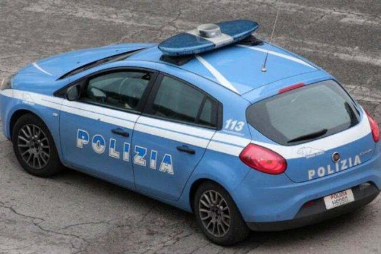 vercelli,-poliziotta-aggredita-durante-controlli-anti-covid:-arrestata-una-donna