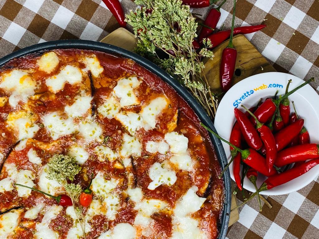 Le Ricette di StrettoWeb – Melanzane alla pizzaiola