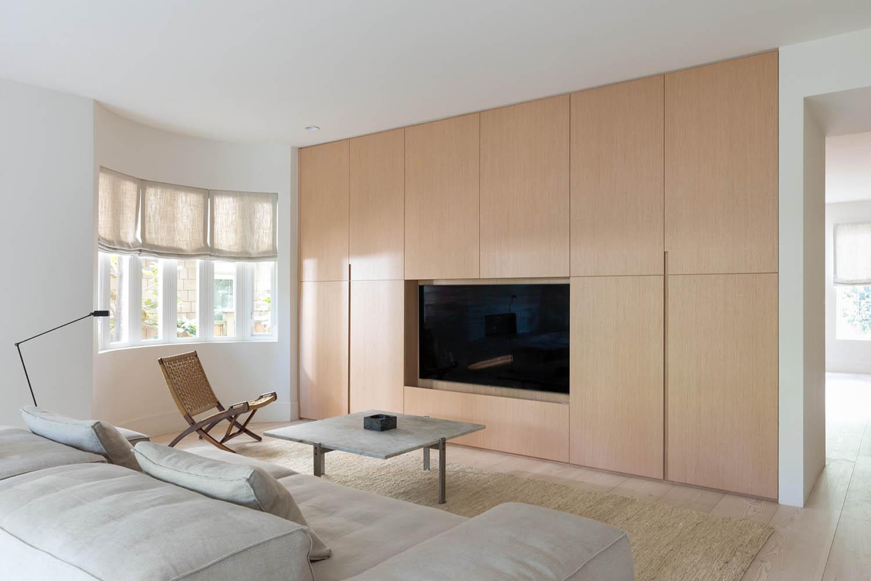 Still Life House: minimalismo e tradizione sulle spiagge di Vancouver