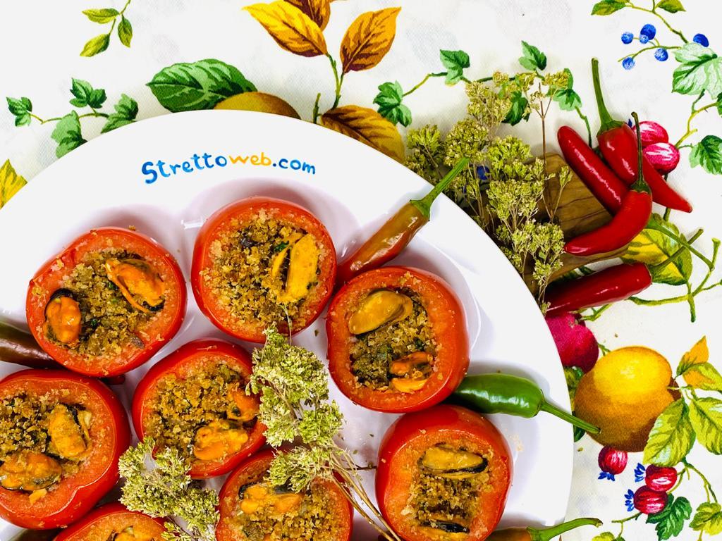 le-ricette-di-strettoweb-–-pomodori-alle-cozze