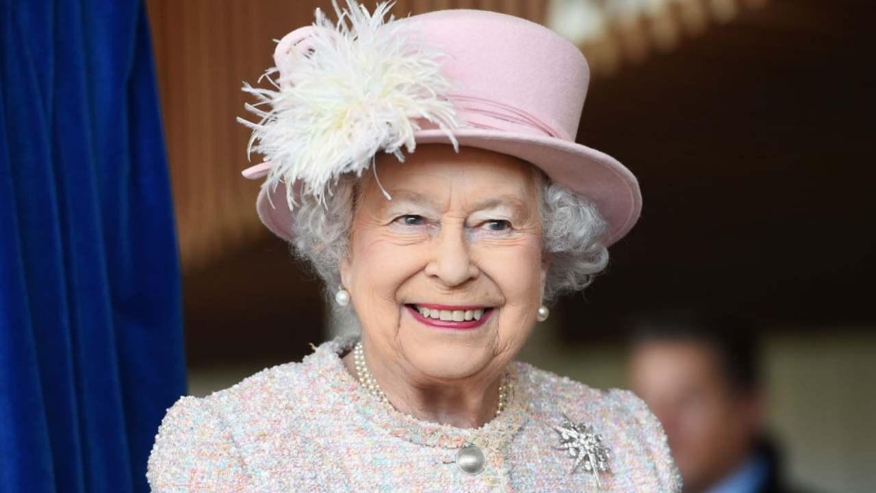 la-regina-elisabetta-arriva-in-tv:-che-sorpresa-per-l'inghilterra!