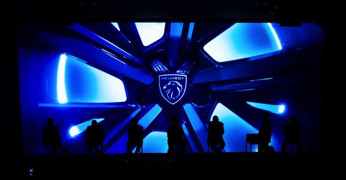 Brand identity e innovazione: la tavola rotonda di Peugeot per raccontare il futuro