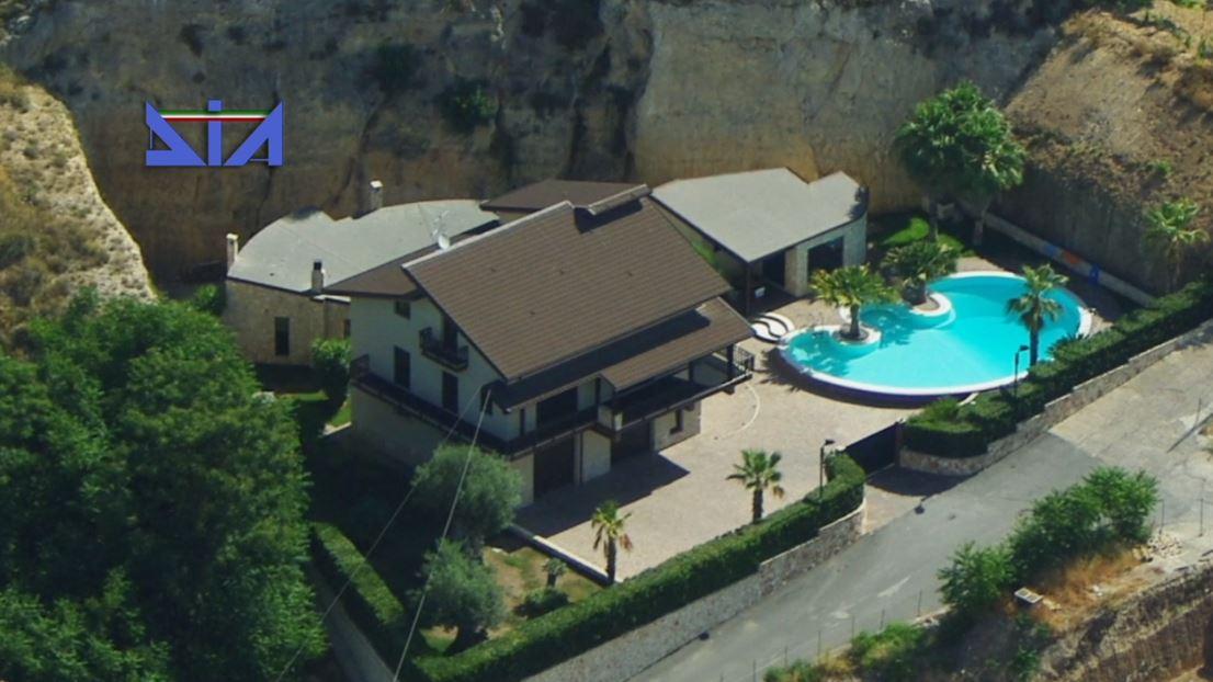 sicilia:-sequestro-per-oltre-1-milione-nei-confronti-di-imprenditore-54enne-di-leonforte-[video]