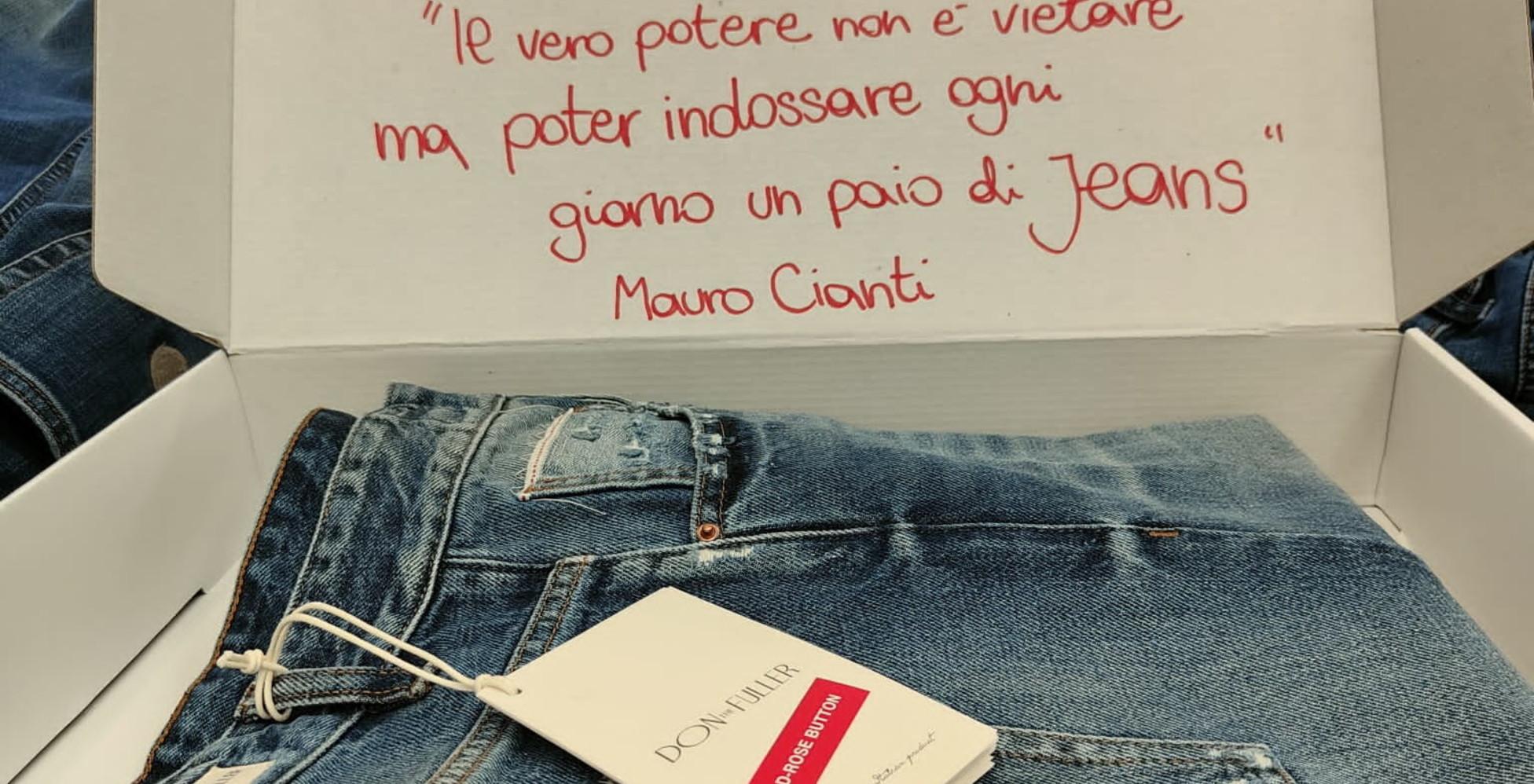 corea-del-nord,-kim-jong-un-vieta-i-jeans?-per-protesta-dall'italia-gliene-arrivano-un-paio-100%-made-in-italy