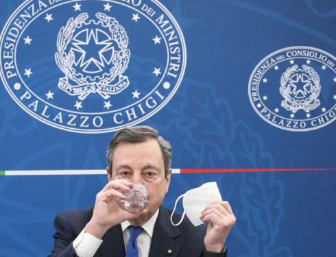 """Mascherine all'aperto, Rezza: """"Via l'obbligo spetta alla politica e al Cts ma confido nel buonsenso degli italiani"""""""