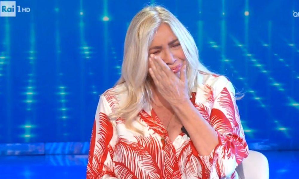 mara-venier-torna-in-tv-e-scoppia-a-piangere:-lo-sfogo-in-diretta