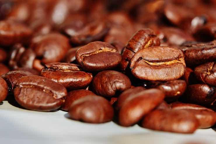 Gli usi alternativi del caffè: come utilizzarlo in modo diverso