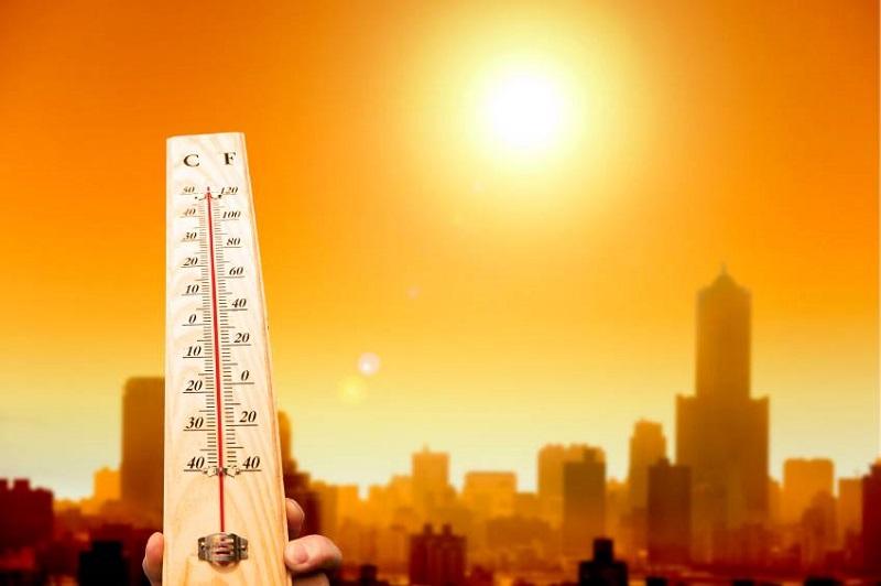meteo,-il-caldo-africano-infuoca-l'italia:-oggi-punte-di-+45°c-in-sicilia-e-+43°c-in-calabria