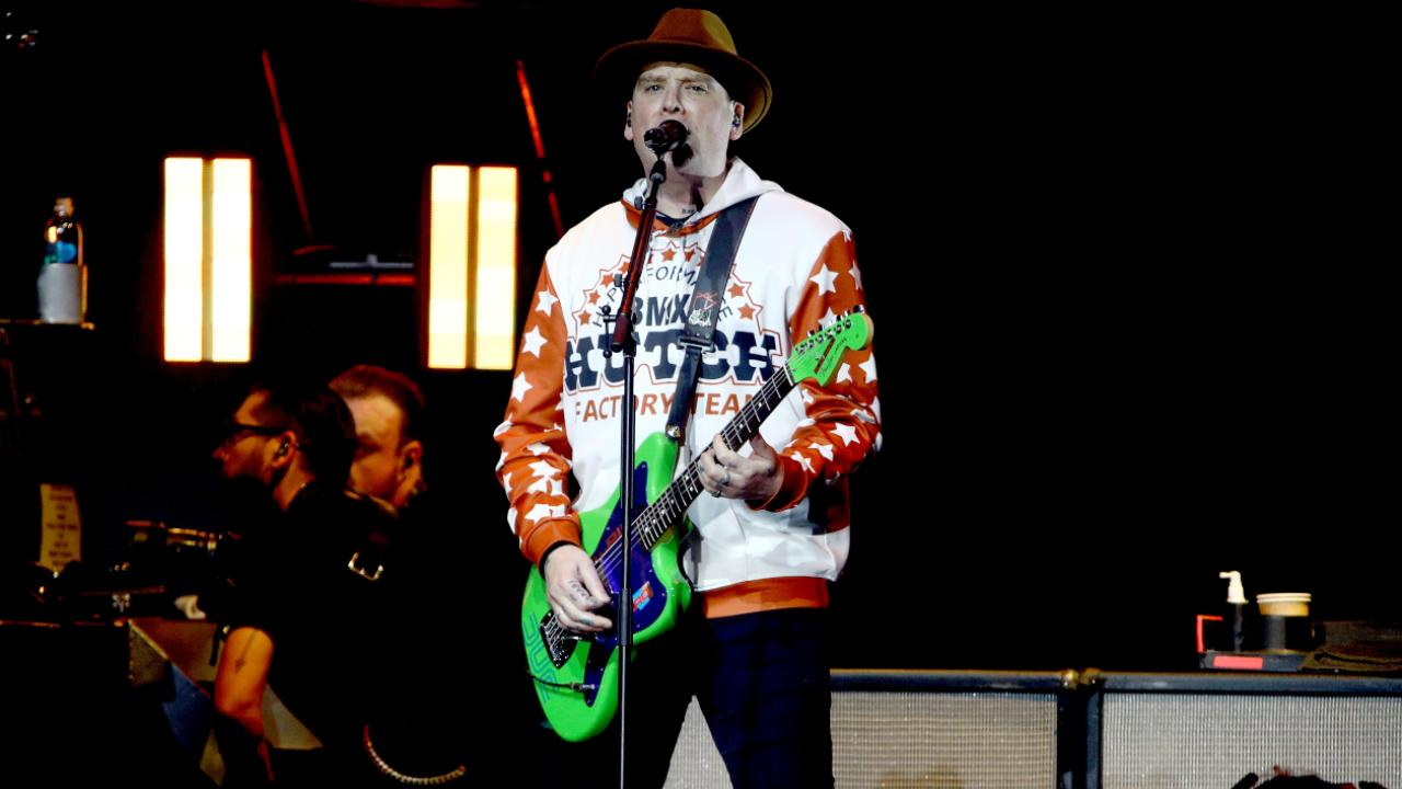 """celebre-artista-dei-blink-182-colpito-da-un-male-incurabile:-""""ho-paura"""""""