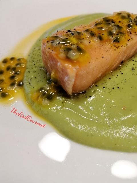 salmone-in-oliocottura:-la-cottura-perfetta