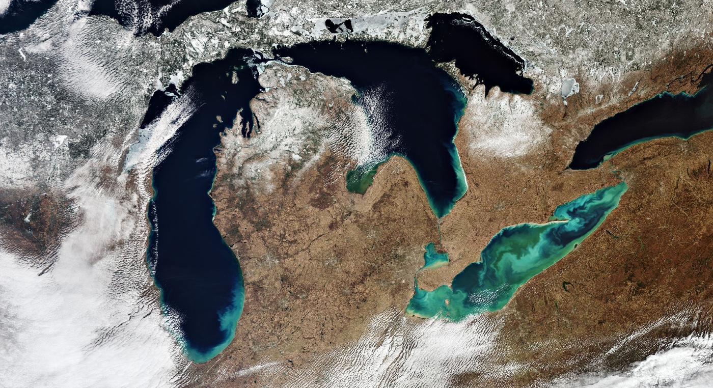 la-regione-dei-grandi-laghi-vista-dallo-spazio