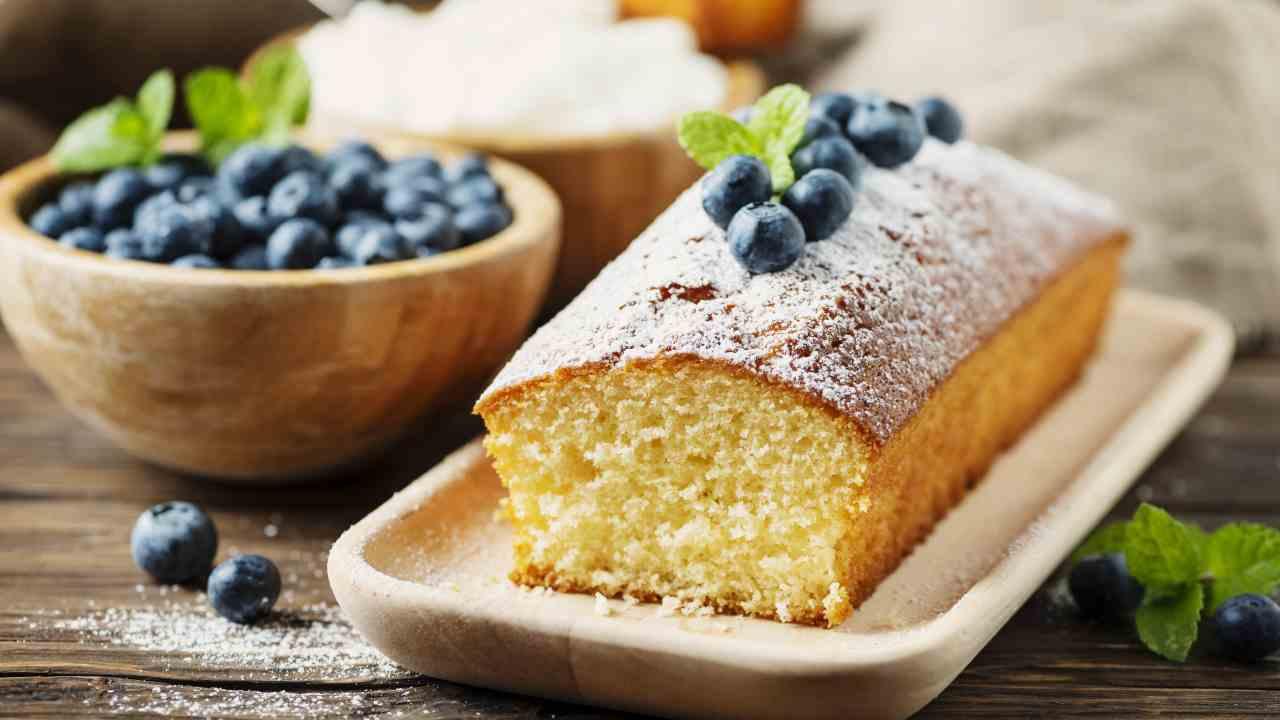 se-segui-questi-trucchi-potrai-servire-un-plumcake-soffice-a-lungo