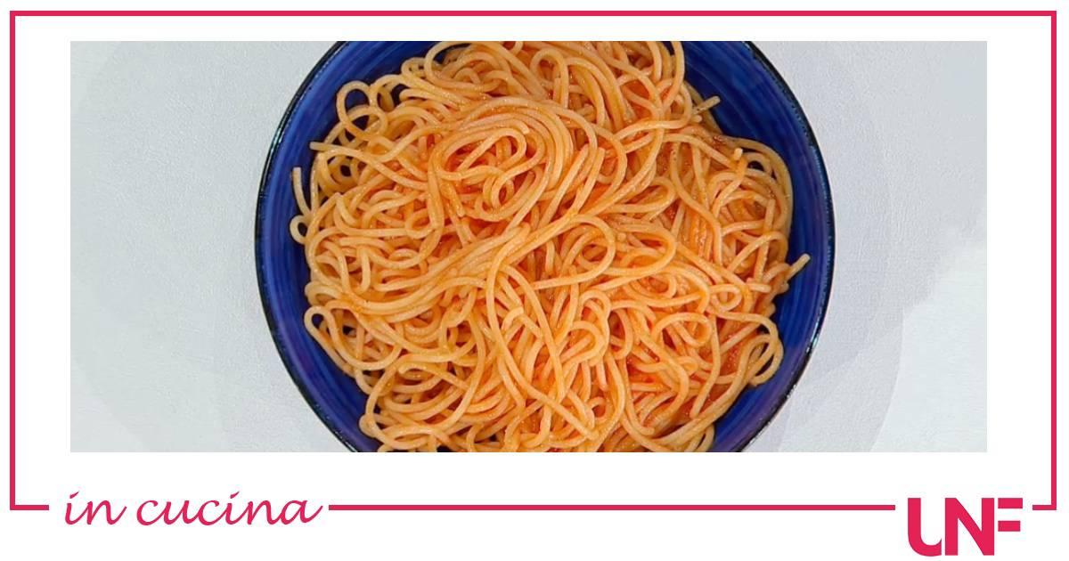 spaghetti-al-pomodoro-di-cavalcanti,-la-ricetta-di-zia-cri