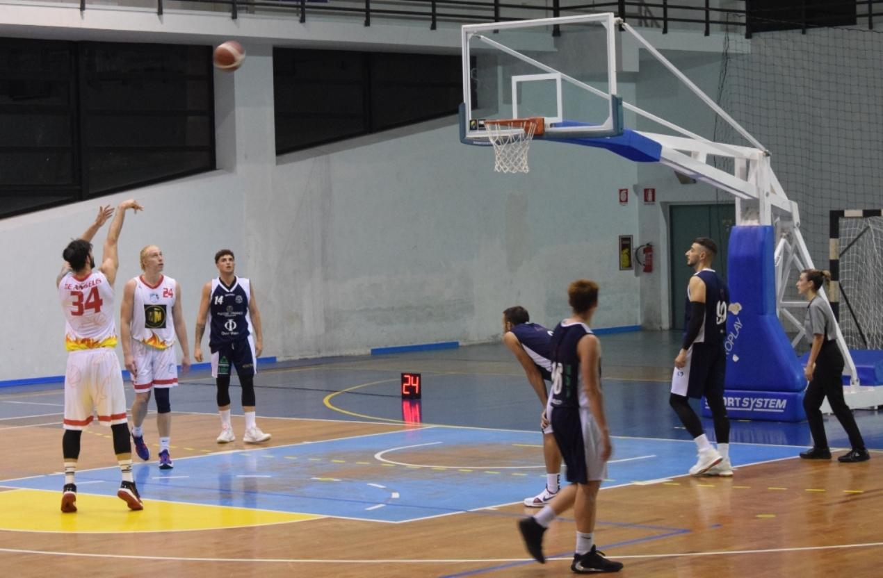 basket,-playoff-serie-c-silver:-missione-compiuta-per-la-gold-&-gold-messina,-che-batte-milazzo-e-va-in-semifinale
