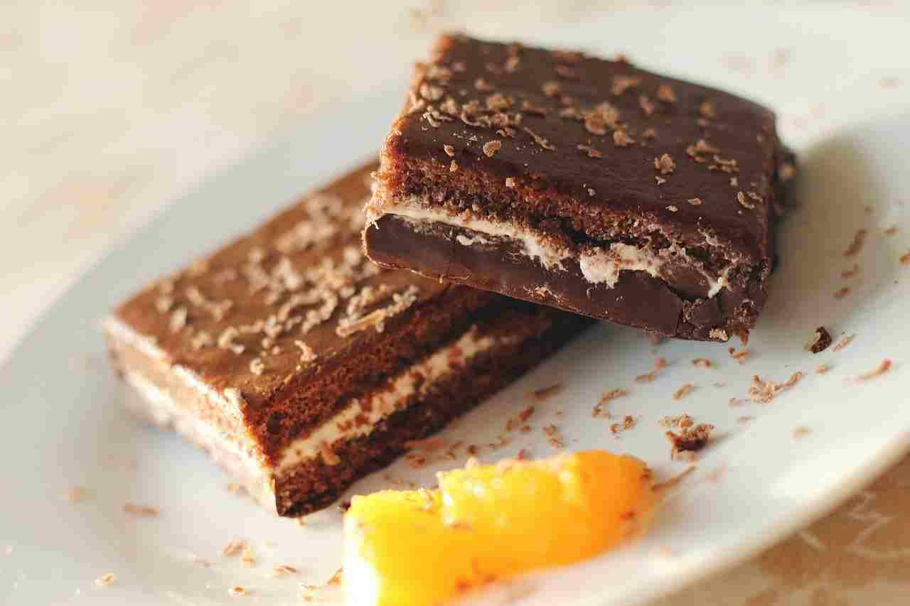fresh-brownies-senza-cottura:-in-pochi-minuti-prepara-del-dolcetti-super-golosi-e-sfiziosissimi!