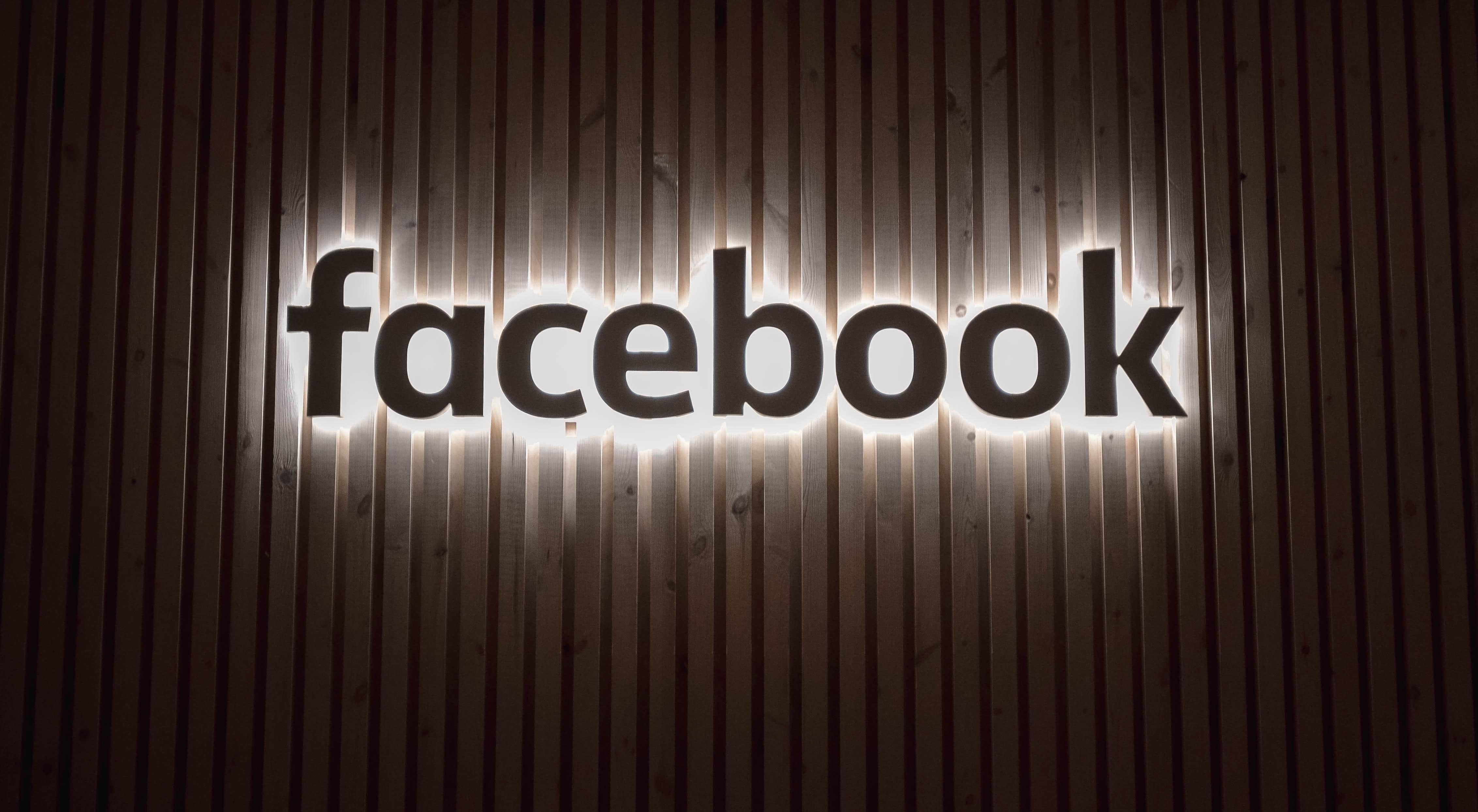 facebook-e-entrato-nell'era-della-conversazione-permanente