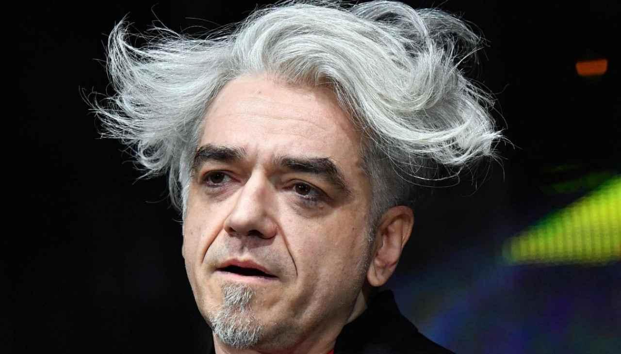 """morgan,-cambio-di-look-drastico:-""""ma-che-razza-di-capelli-ti-sei-fatto?"""""""