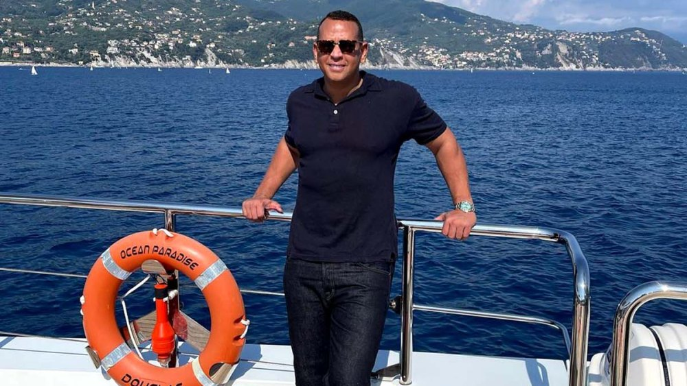 looking-good!-a-rod-poses-shirtless-after-st.-tropez-birthday-bash