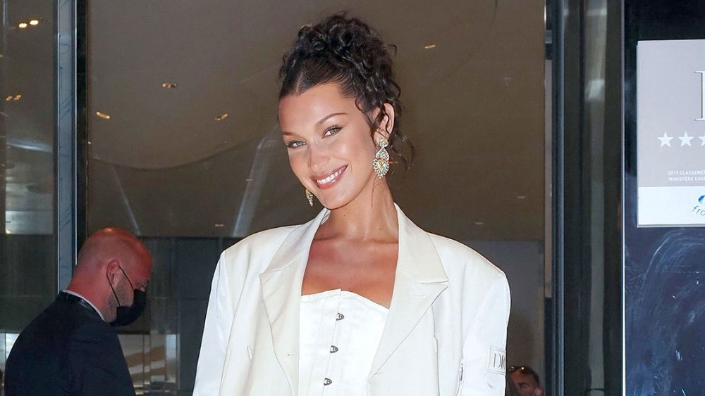 bella-hadid's-dip-dyed-orange-bangs-are-like-nothing-you've-ever-seen