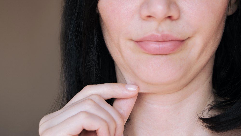 this-tightening-neck-cream-may-help-reduce-your-double-chin
