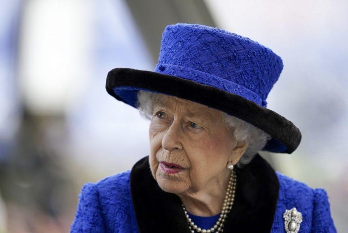 Regina Elisabetta, l'addio definitivo: cambia tutto per sempre