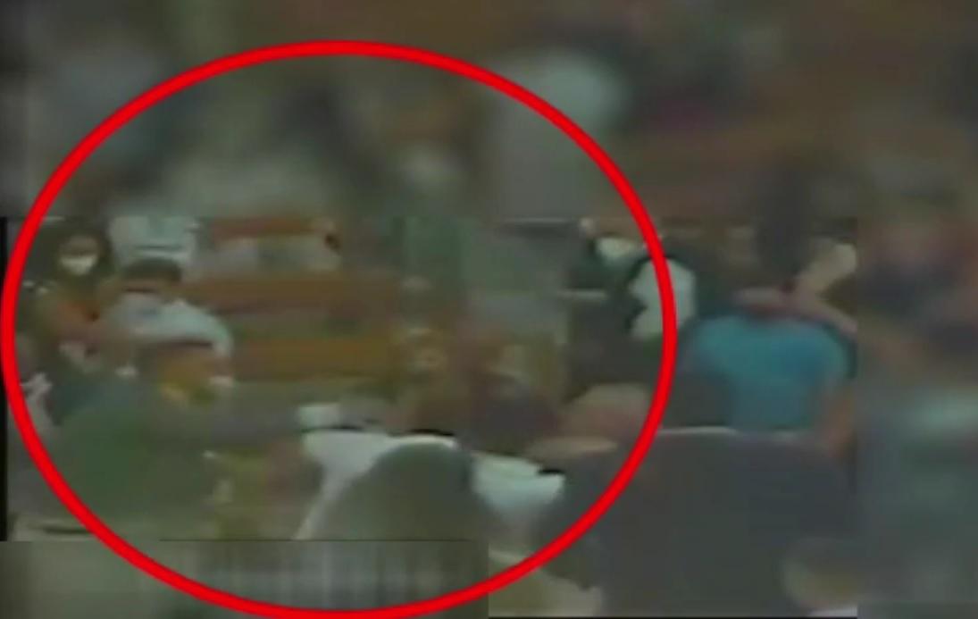 Prima comunione da far west, il nonno arrestato dopo aver sparato all'interno della chiesa: ferito un carabiniere e sei indagati [VIDEO]