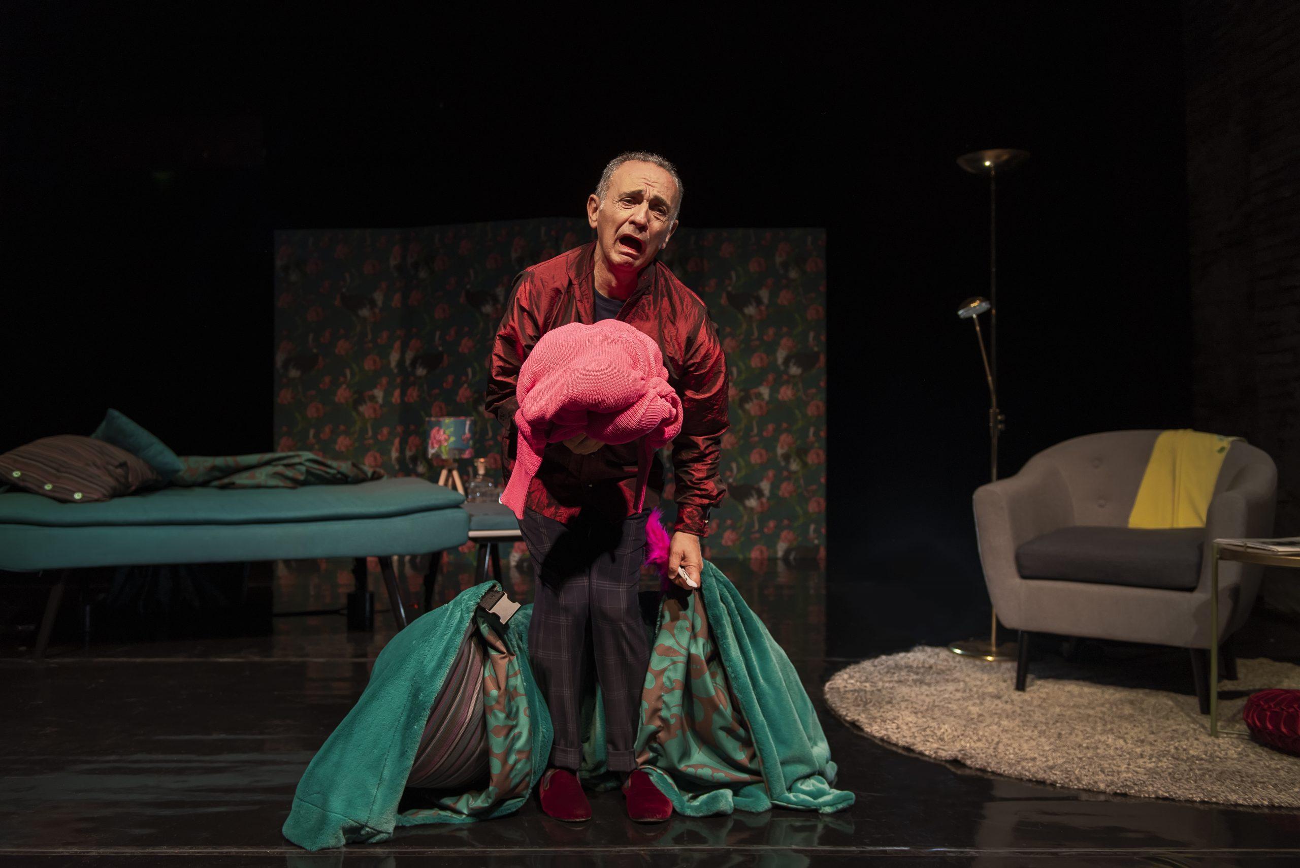 """Tra riflessione e ironia a teatro con """"Tutto sua madre"""" di Guillaume Gallienne"""
